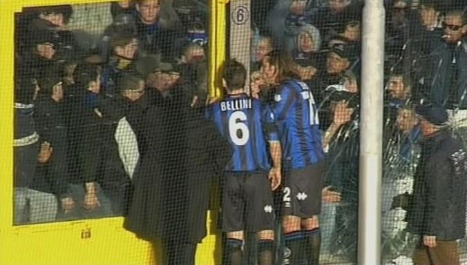 Atalanta-Milan sospesa per tentata invasione di campo